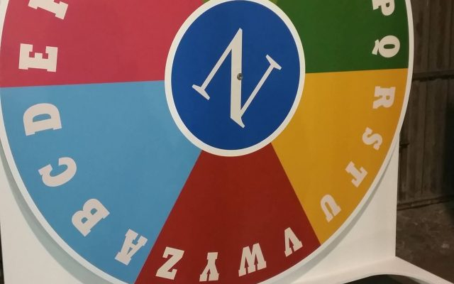 Mobiliario a medida tangram stands
